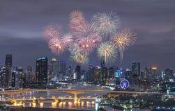 Bangkok, Tailandia-agosto 12,2015 la sposa di Krung-thep a Bangkok, Tailandia con i fuochi d'artificio agosto 12,2015 alla notte Fotografia Stock