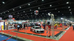 Bangkok, Tailandia 04-07-2018: Atmosfera nell'evento dell'automobile fotografie stock