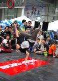 Bangkok, Tailandia: Bailarín adolescente de la rotura Imagen de archivo