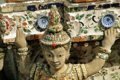 Bangkok, Tailandia: Buddha a Wat Arun Fotografie Stock Libere da Diritti