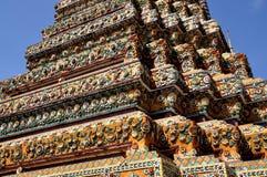 Bangkok, Tailandia: Chedi a Wat Pho Immagini Stock Libere da Diritti