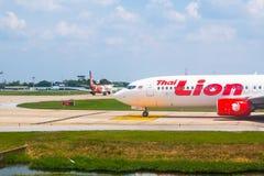 Bangkok, Tailandia - 13 de abril de 2017: Boeing 737-800 Lion Air tailandés Foto de archivo libre de regalías