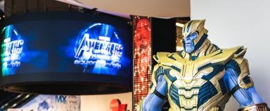 Bangkok, Tailandia - 28 de abril de 2019: Demostración de tamaño natural del modelo de Thanos en cabina de la exposición del Endg fotos de archivo