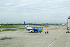 Bangkok, TAILANDIA - 4 de agosto de 2017: Don Muang Airport, traf del aire Fotos de archivo