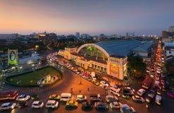 Bangkok, Tailandia - 24 de diciembre de 2014 atasco en Hua Lamphon fotografía de archivo libre de regalías