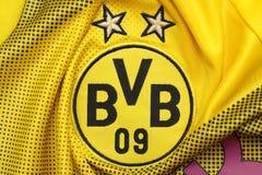 BANGKOK, TAILANDIA - 17 DE JULIO: El logotipo del pie de Bprussia Dortmund Foto de archivo libre de regalías