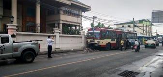 BANGKOK, TAILANDIA - 29 DE JULIO: Número público 7, actuado por BMTA imagen de archivo libre de regalías