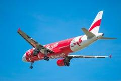 BANGKOK, TAILANDIA - 1 DE JUNIO DE 2015: HS-BBG Airbus A320-216 de tailandés Imagen de archivo