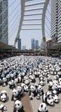 Bangkok, Tailandia - 8 de marzo de 2016: Viaje del mundo de 1600 pandas en Th Foto de archivo