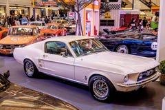 BANGKOK, TAILANDIA, - 11 DE MARZO DE 2018: Un coche Morgan +8 del vintage o plus8: 1968 fue mostrado en un salón del automóvil cl Fotos de archivo