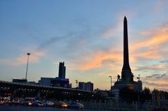 Bangkok, TAILANDIA - 27 dicembre: 2014 La vista Victory Monument di notte è il 27 dicembre un grande monumento militare a Bangkok Fotografie Stock