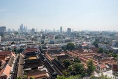 BANGKOK, TAILANDIA - 21 dicembre 2017: Vista di Bangkok dal supporto dorato a Wat Saket Immagini Stock Libere da Diritti