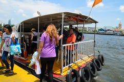 Bangkok, Tailandia: Embarcadero Imagen de archivo libre de regalías