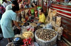 Bangkok, Tailandia: Fornitore di alimento del Chinatown Fotografie Stock