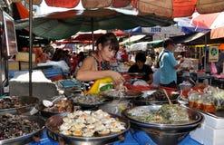 Bangkok, Tailandia: Fornitore di alimento del Chinatown Immagini Stock Libere da Diritti