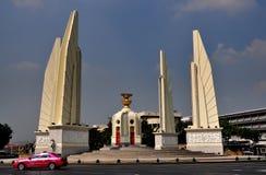 Bangkok, Tailandia: Il monumento di democrazia immagine stock libera da diritti