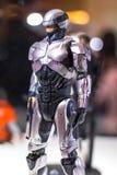 Bangkok, Tailandia - 6 maggio 2017: Carattere del modello realistico di Alex Murphy o di Robocop nel film del robot su esposizion fotografie stock libere da diritti