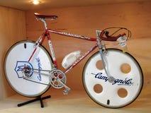 Bangkok, Tailandia - nov 10,2013: Bicicleta italiana del vintage de COLNAGO Foto de archivo