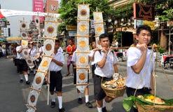 Bangkok, Tailandia: Parata dell'allievo su Khao San Rd Fotografie Stock