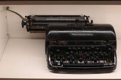 Bangkok Tailandia septiembre de 2018: Demostración del color del negro de Remington Typewriter fotografía de archivo libre de regalías