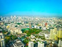 Bangkok Tajlandia, Czerwiec, - 30, 2008: Panorama blisko Petchburi droga Fotografia Stock