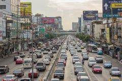 BANGKOK TAJLANDIA, Czerwiec, - 31, 2016: Ruch drogowy dosięga impas obrazy royalty free