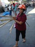 Bangkok, Tajlandia/- 04 30 2010: Czerwone koszula stawiać w górę barykad i bloków obszarów głównych wokoło Środkowego Bangkok Obraz Stock