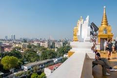 BANGKOK TAJLANDIA, Grudzień, - 21 2017: Złota góra Saket i Wat Ty możesz widzieć wszystkie Bangkok od Złotej góry Obraz Stock