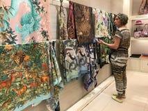 BANGKOK TAJLANDIA, KWIECIEŃ, - 16, 2018: Jim Thompson sklep w jego domowym otwiera dla turystów obraz stock