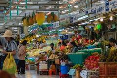 Bangkok Tajlandia, Kwiecień, - 23, 2017: Lub Tor Kora rynek (Wprowadzać na rynek Obrazy Stock
