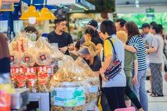 Bangkok Tajlandia, Kwiecień, - 23, 2017: Lub Tor Kora rynek (Wprowadzać na rynek Zdjęcie Royalty Free
