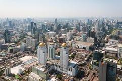 BANGKOK TAJLANDIA, KWIECIEŃ, - 21, 2015: Panoramiczny widok z lotu ptaka Bangkok w pięknym wiosna ranku Bangkok, Tajlandia Obrazy Stock