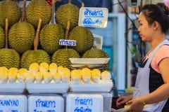 Bangkok Tajlandia, Kwiecień, - 23, 2017: Organicznie durian dur i owoc Zdjęcia Royalty Free