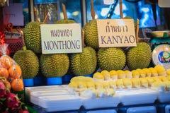 Bangkok Tajlandia, Kwiecień, - 23, 2017: Organicznie owoc tak jak mango Obrazy Stock