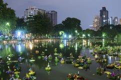 BANGKOK TAJLANDIA, LISTOPAD 25 -: Loy Krathong festiwal Obrazy Stock