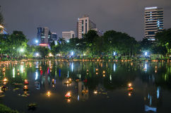 BANGKOK TAJLANDIA, LISTOPAD 25 -: Loy Krathong festiwal Fotografia Royalty Free