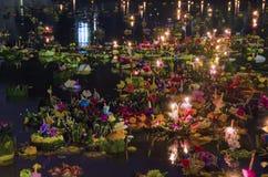 BANGKOK TAJLANDIA, LISTOPAD 25 -: Loy Krathong festiwal Obrazy Royalty Free