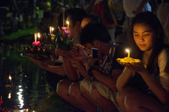 BANGKOK TAJLANDIA, LISTOPAD 25 -: Loy Krathong festiwal Zdjęcie Stock