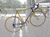 Bangkok Tajlandia, Listopad, - 23, 2012: Rocznika bicyklu gazela Obraz Stock