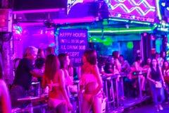 Bangkok Tajlandia, Luty, - 21, 2017: Turysta odwiedzony Soja Cowbo Zdjęcie Royalty Free