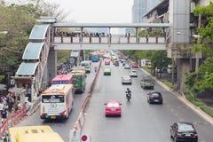 Bangkok Tajlandia, Maj 07 2016 -: Ruchu drogowego dżem na chatuchak drodze przy Fotografia Royalty Free