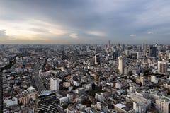 BANGKOK TAJLANDIA, MAJ, - 14, 2017: Widok z lotu ptaka Bangkok i Baiyoke wierza II, Bangkok, Tajlandia obraz royalty free
