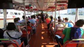 Bangkok Tajlandia, Marzec, - 5, 2018: Nawa widok ekspresowa łódź Popularna wodna przewieziona usługa przy Bangkok miastem zdjęcie wideo