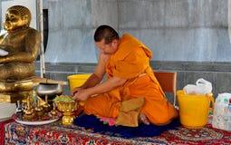 Bangkok, Tajlandia: Michaelita przy Watem Tramit Zdjęcie Stock
