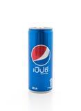 BANGKOK, TAJLANDIA Oct 24, 2016, Pepsi klasyk wewnątrz może na białym bac Zdjęcia Stock
