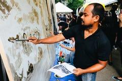 BANGKOK TAJLANDIA, OCT, - 22, 2016: Tajlandzcy ludzie maluje portr Obrazy Stock