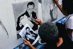 BANGKOK TAJLANDIA, OCT, - 22, 2016: Tajlandzcy ludzie maluje portr Fotografia Stock