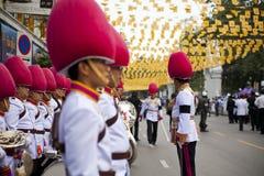 Bangkok Tajlandia, Październik, - 25, 2013: Tajlandzki gwardzisty zespołu marsz zdjęcie royalty free