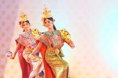BANGKOK TAJLANDIA, STYCZEŃ, - 15: Tajlandzka Tradycyjna suknia. aktorzy p Fotografia Royalty Free