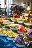 Bangkok Tajlandia, Styczeń, - 02, 2014: Tajlandzki targowy sprzedawca na Jan, Fotografia Royalty Free